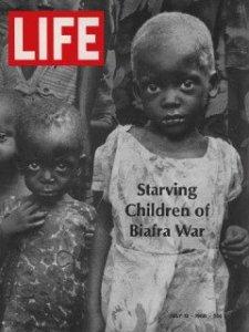 Portada de la revista Life, enfatizando el aspecto humanitario de la guerra